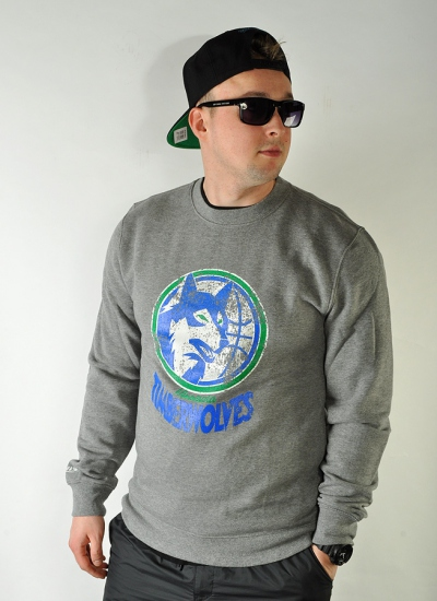 Mitchell & Ness  Distressed Crew Timberwolves
