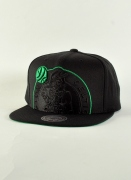 Mitchell & Ness  XL Cropped Snapback Celtics