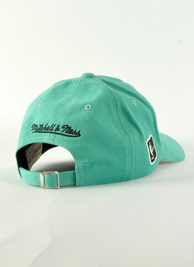 Mitchell & Ness  Haze Hat Hornets