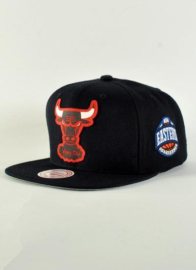 Mitchell & Ness  Grass Snapback Bulls B