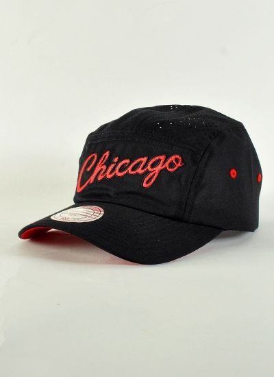 Mitchell & Ness  Faded Camper Bulls B