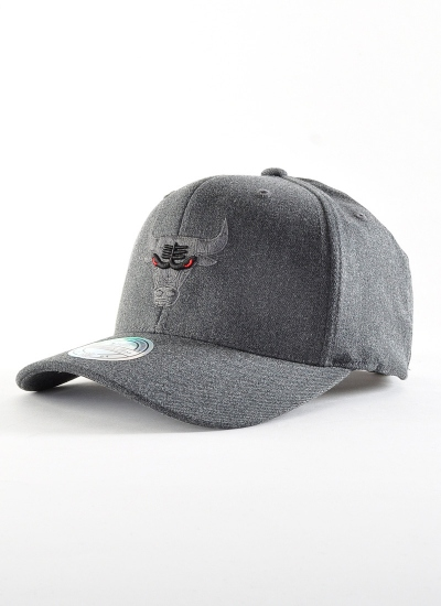 Mitchell & Ness  Decon 110 Hat Bulls