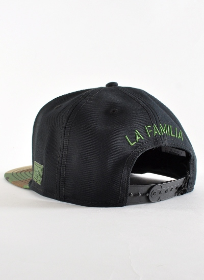 Cayler & Sons  La Familia Snapback Blk