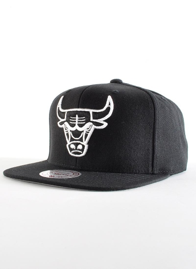 Mitchell & Ness  Solid BW Snapback Bulls