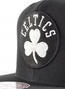 Mitchell & Ness  Solid BW Snapback Celtics