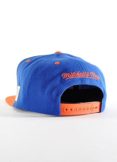 Mitchell & Ness  Arch Snapback Knicks