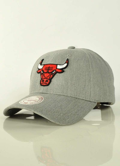 Mitchell & Ness  Low Pro Hat Bulls