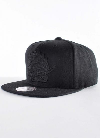 Mitchell & Ness  Black On Black Snapback Raptors