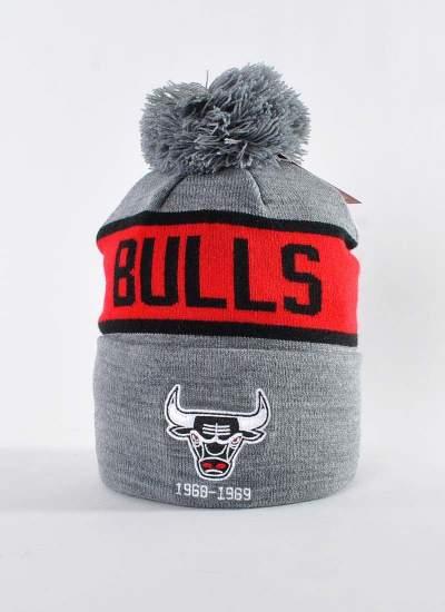 Mitchell & Ness  Team Tone Knit Bulls