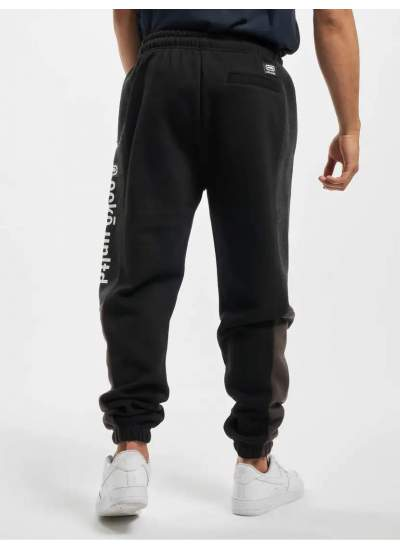 Ecko Unltd.  Hunters Point Pants czarne