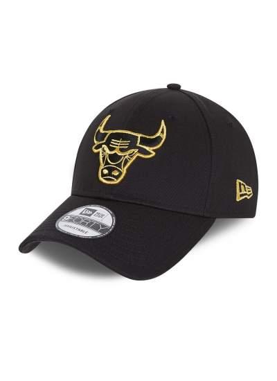 New Era  9Forty Metallic Bulls